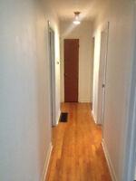 3-bdrm STUDENT HOUSING @ Woodroffe & Iris, All inclusive - $1499