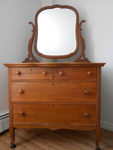 Antique Gum Wood Dresser with Mirror