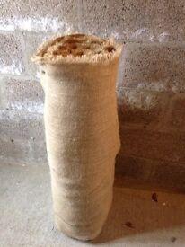 Hesian roll