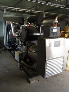 Like New 400KW Cummins Generator