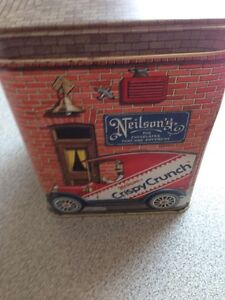 Crispy crunch chocolate collectable tin
