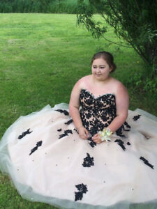Prom Dress For Sale $500 OBO