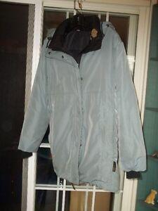 Manteau Kanuk à vendre