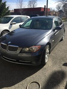 Bmw 335i turbo **cuir beige** toit ouvrant