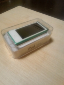 Ipod Nano 7th Gen. 16G.  (Like New)