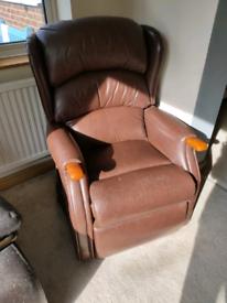 Chair recliner riser electric