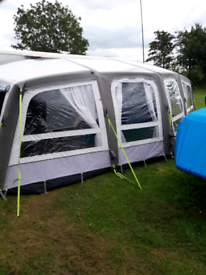 Kampa Frontier Pro Air 300 Awning
