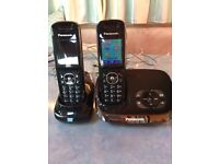 Panasonic twin cordless phone with answerphone