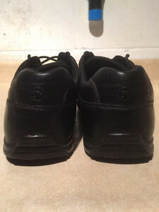 Men's Rockport Leather Shoes Size 11.5 London Ontario image 2