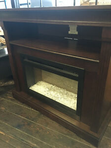 Dimplex Electric Fireplace with Espresso Media Console/Mantel