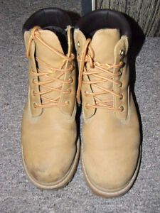 Penmans Boots - Used, but still in GOOD Shape !!! - $15.00