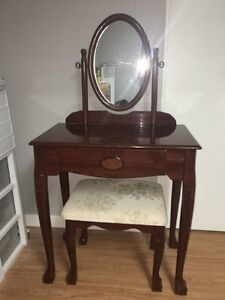 VANITY / MAKEUP TABLE WITH MIRROR & CHAIR