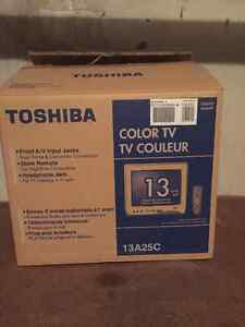 "Toshiba 13"" color tv"