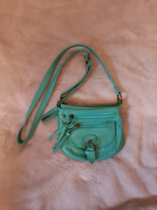 Small purse with lots of pockets from Ardenes