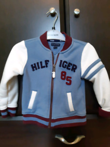 Chandails Tommy Hilfiger 3t