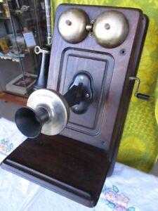 SINGULAR KELLOGG PHONE FROM ESTATE
