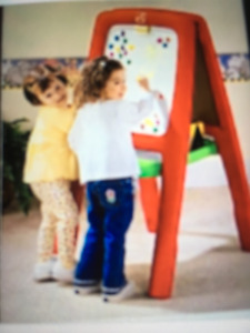 Step 2 easel for two