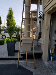 10 Wood Ladder