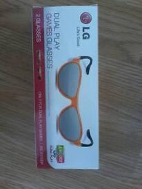 LG dual play games glasses
