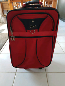 Suitcase carry on size