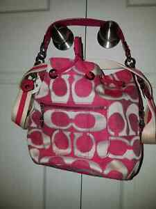 Coach Poppy Signature Lurex Cinch Bag Kitchener / Waterloo Kitchener Area image 1