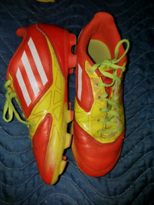 Adidas Youth soccer cleat size 2