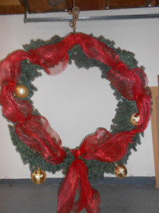 Large Christmas Wreath with Decorations