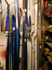 Used Cross Country Ski Sale  in OKOTOKS THURS NIGHT  630PM - 9PM