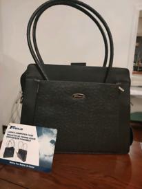 Targus women's laptop/handbag