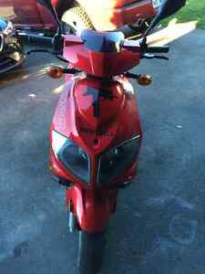 Tomos nitro scooter 450$! West Island Greater Montréal image 5