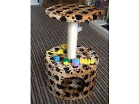 Cat scratching tower and toys