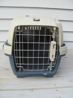 Cat crate 17 inches long x 12 x 10 inches wide $12