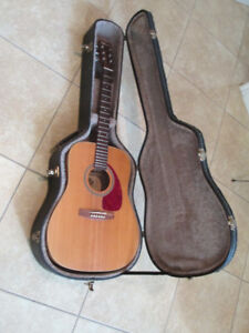 Norman B20 acoustic/electric solid top guitar