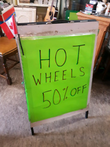 ALL HOT WHEELS 50% OFF....INCLUDING NEW STOCK