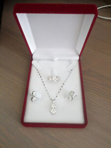 Jewellery set - brand new