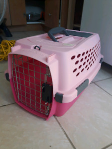 Petmate Kennel Cab Hard Shell Pet Carrier (pink)