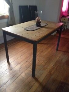 Pine table & cabinet