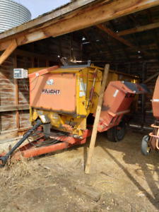 Feed Mixer | Kijiji in Alberta  - Buy, Sell & Save with Canada's #1