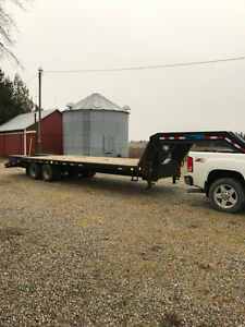 28ft Gooseneck Flat bed trailer for sale