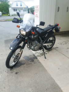 DR650SE Street And Trail