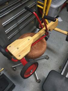 Auto propulsion mains/bras pour enfants