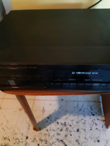 Kenwood multiple compact disc player