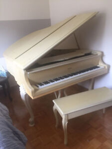 Heintzman baby grand piano - toronto made