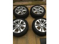 Mercedes Benz 17inch alloys 245 / 45 R17