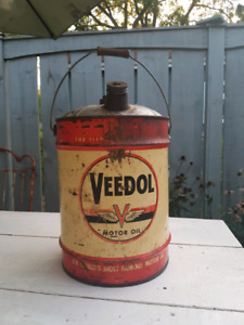 Veedol mirror oil can