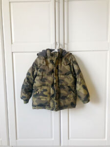 GAP 5Y camo print down filled puffer coat - Good Condition