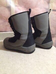 Snowboard boots $20 Kitchener / Waterloo Kitchener Area image 2