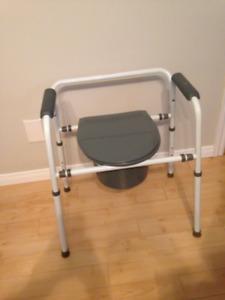 Chaise d'aisance impeccable