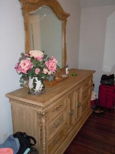 Bedroom set with queen size bed Kitchener / Waterloo Kitchener Area image 5