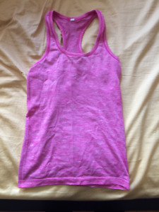 Lululemon Swiftly tank top size 4